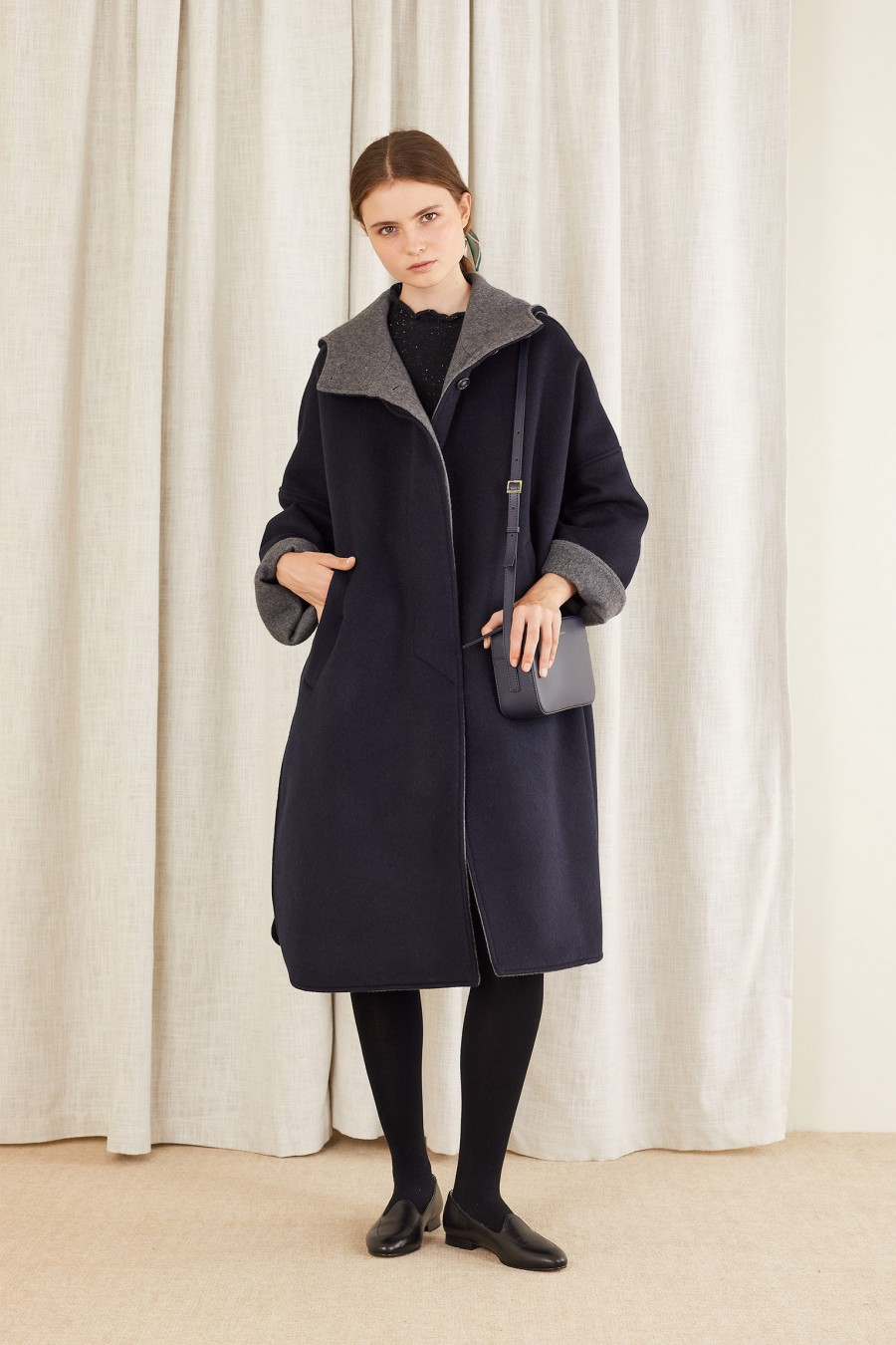 Cape coat in double-layer cashmere