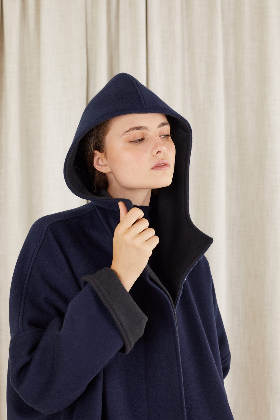 cappotto blu con interno nero