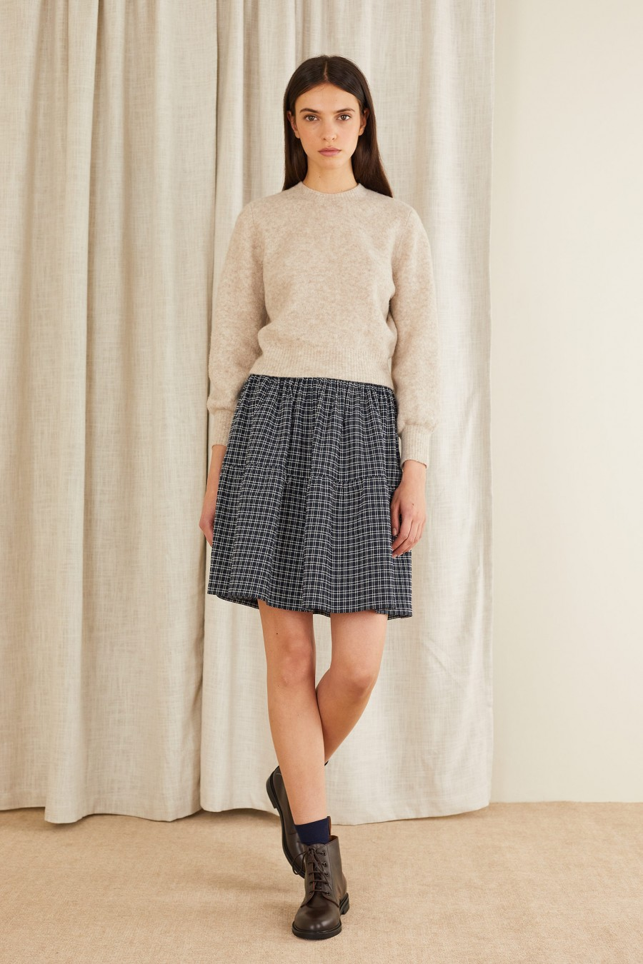 Tiered skirt with elastic waist