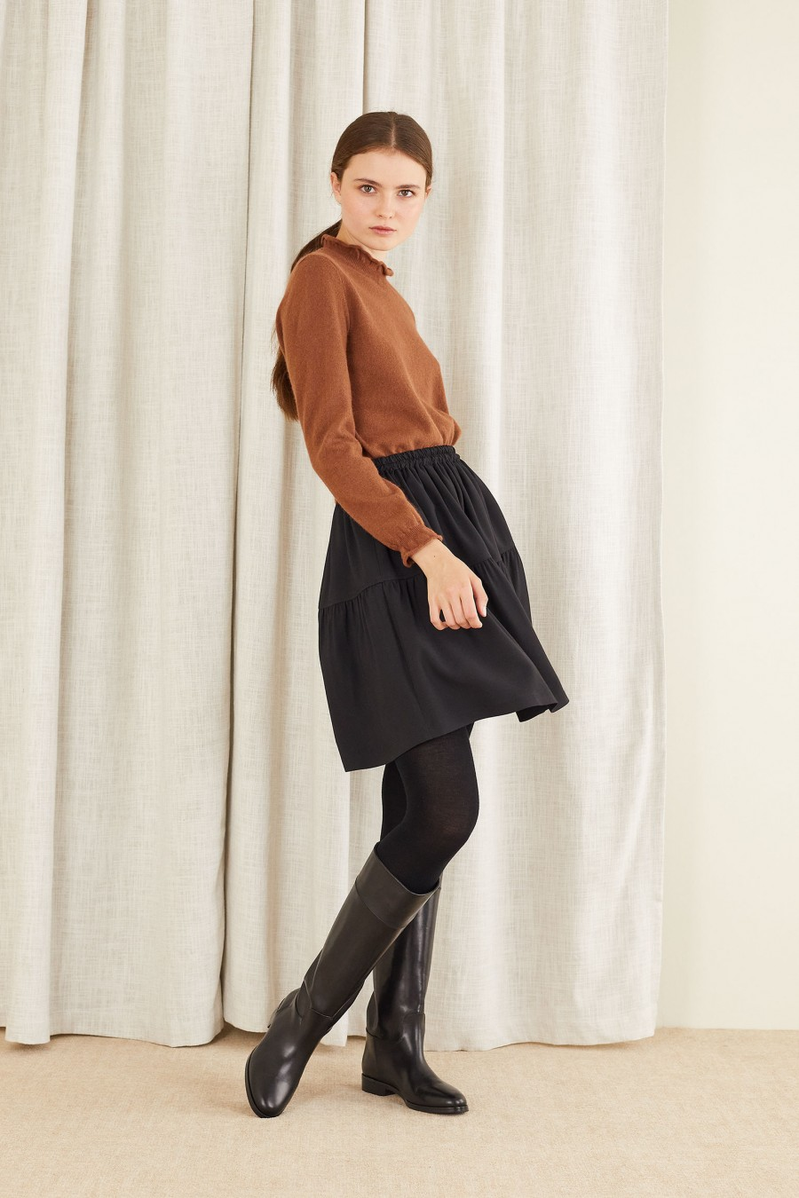 Wool blend tiered skirt with elastic waistband