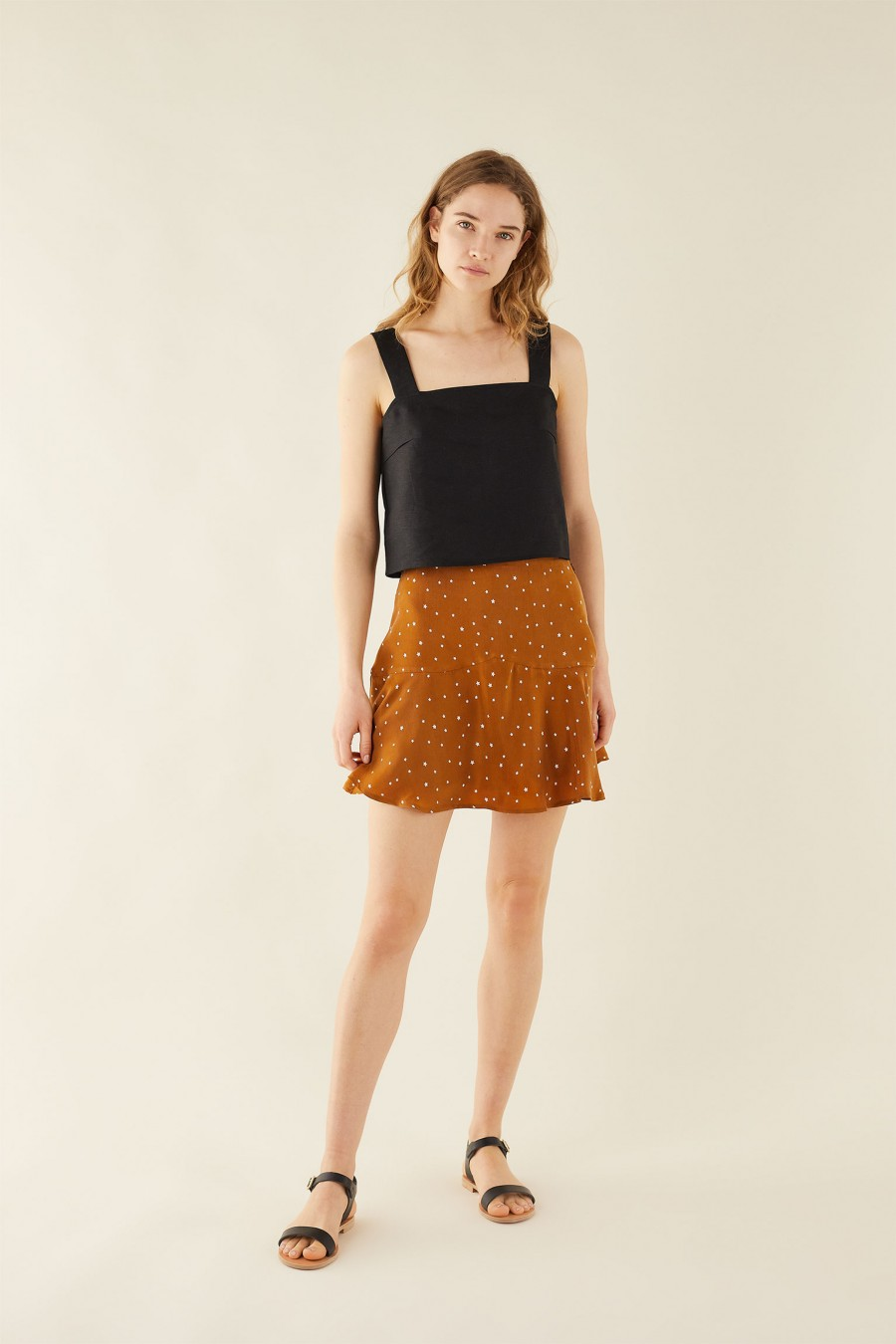 biscuit brown skirt with stars