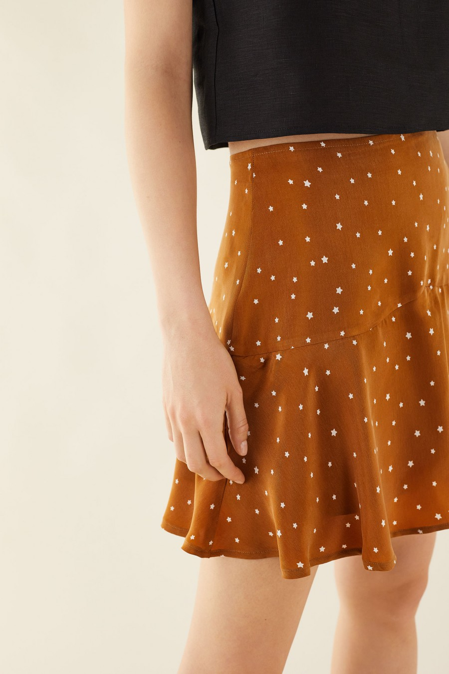 biscuit brown skirt with little stars
