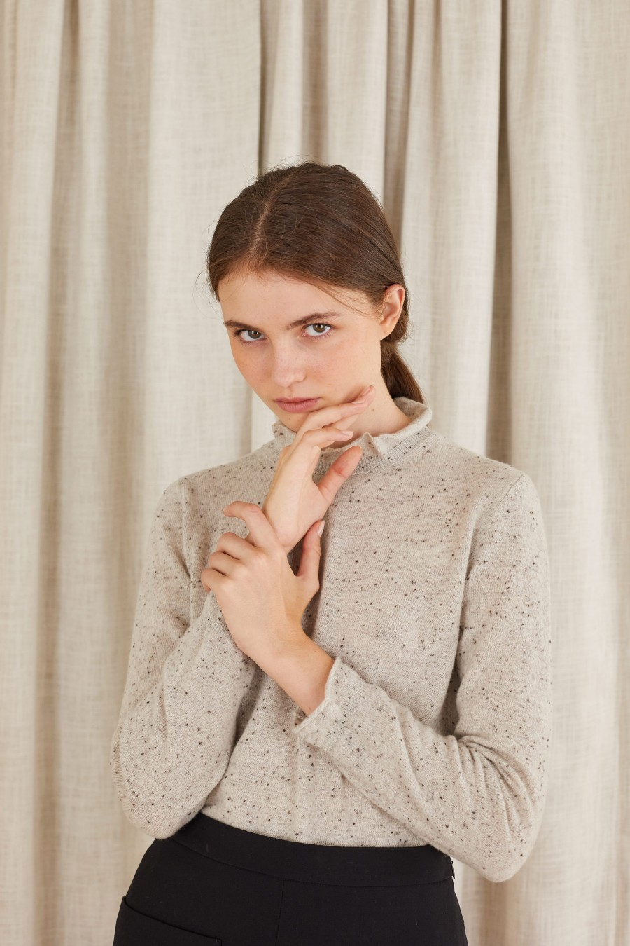 jumper with gathered cuffs