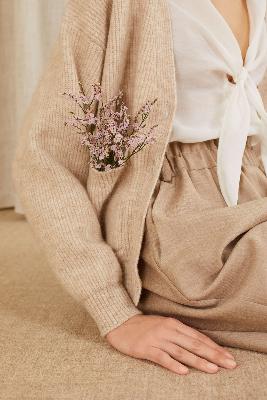 beige chunky ribbed-knit cardigan