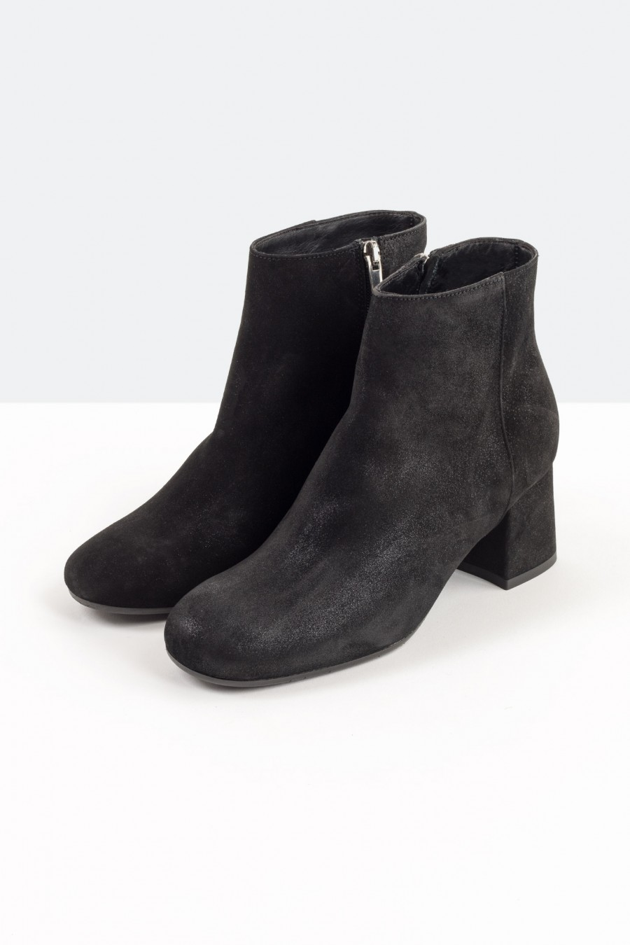 Lazzari ankle boots