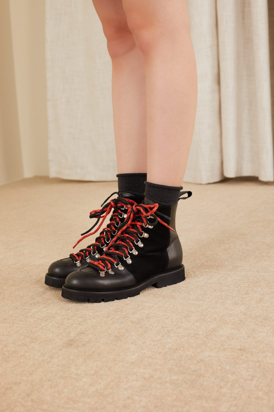 casual pedula-style boots