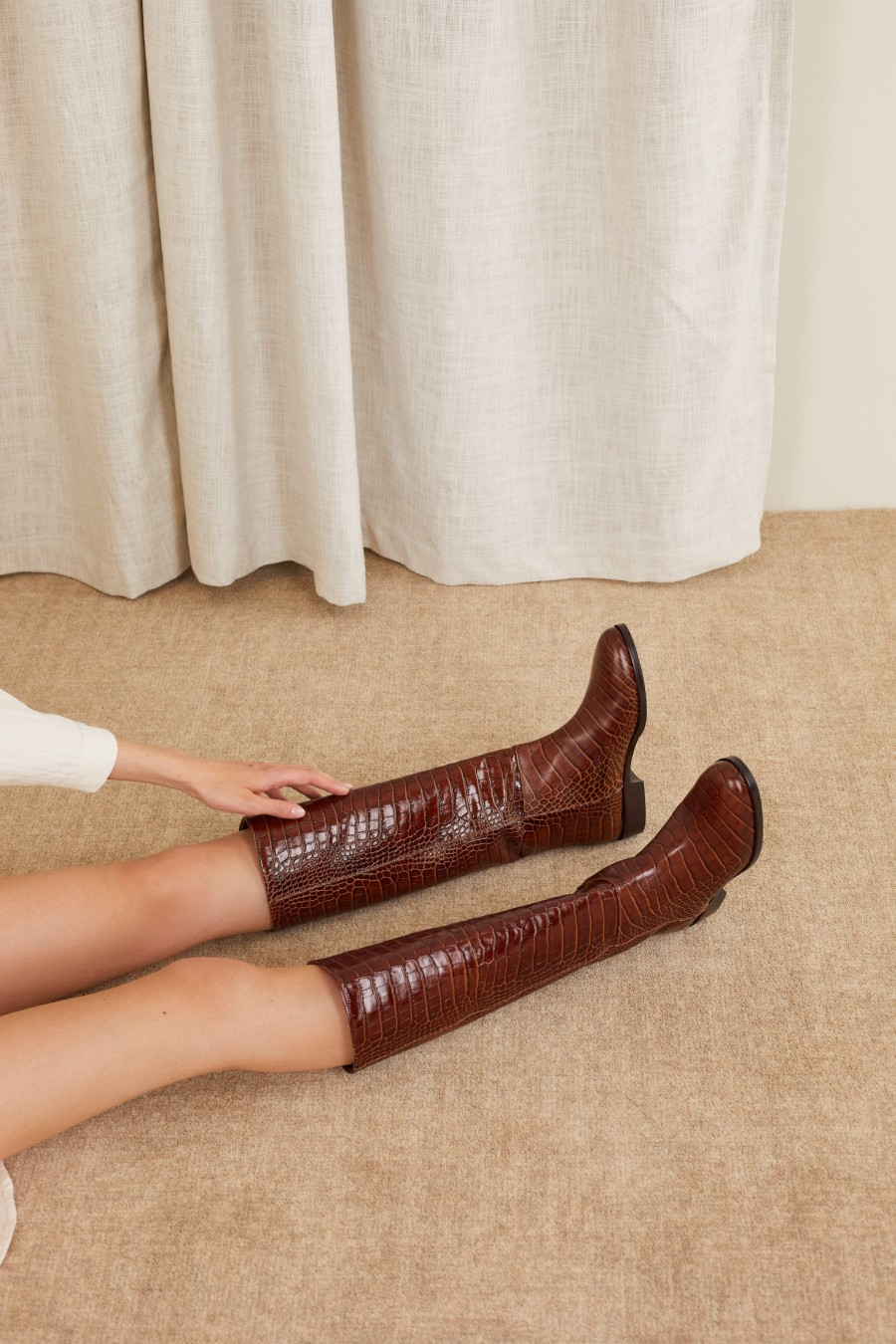 comfortable boots made in italy