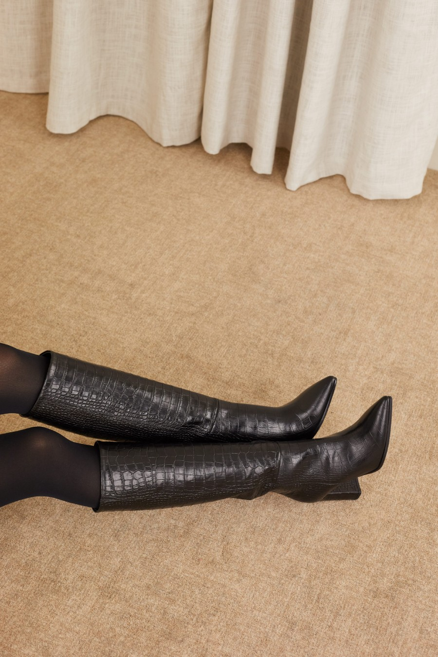 tube boots with comfortable heels