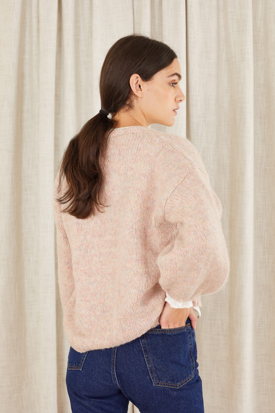 short cardigan with wide sleeves