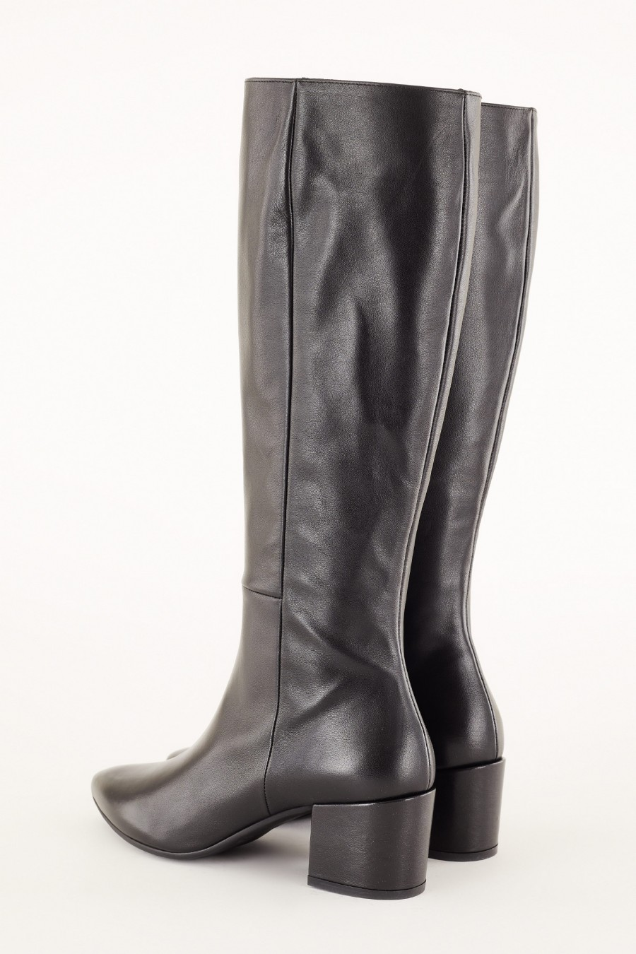 winter boots with side zipper