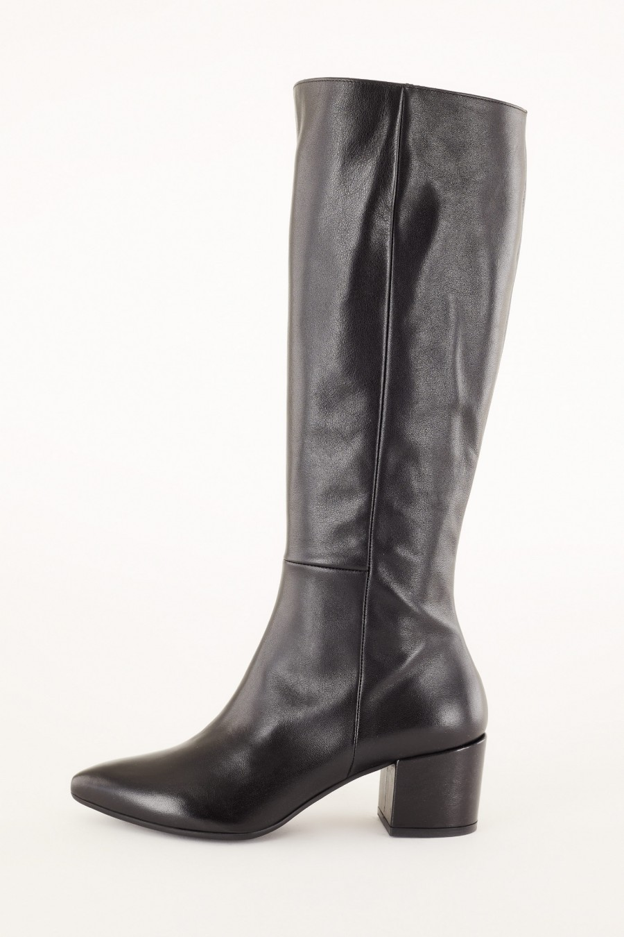 leather boots made in italy
