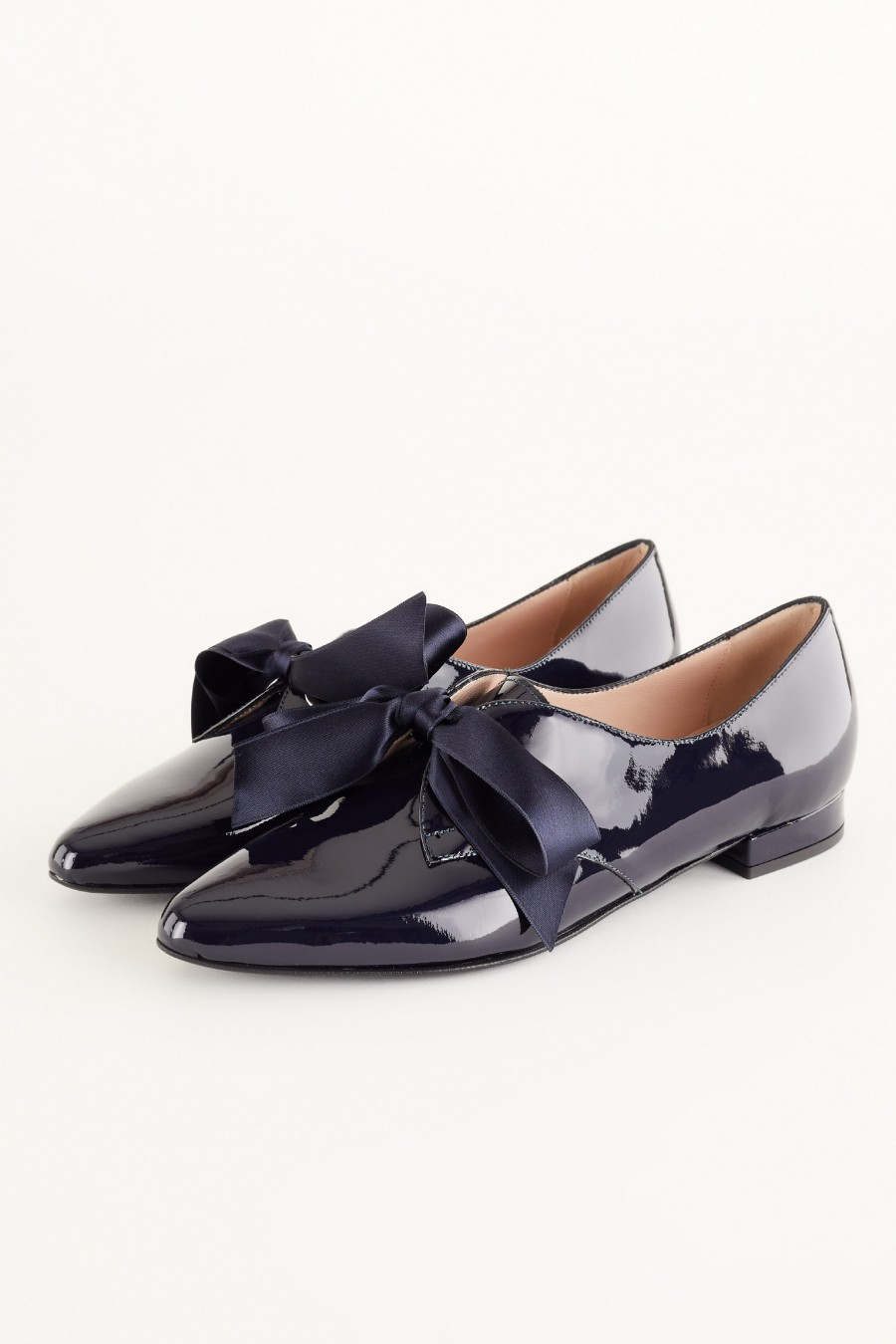 Patent leather flats with satin bow