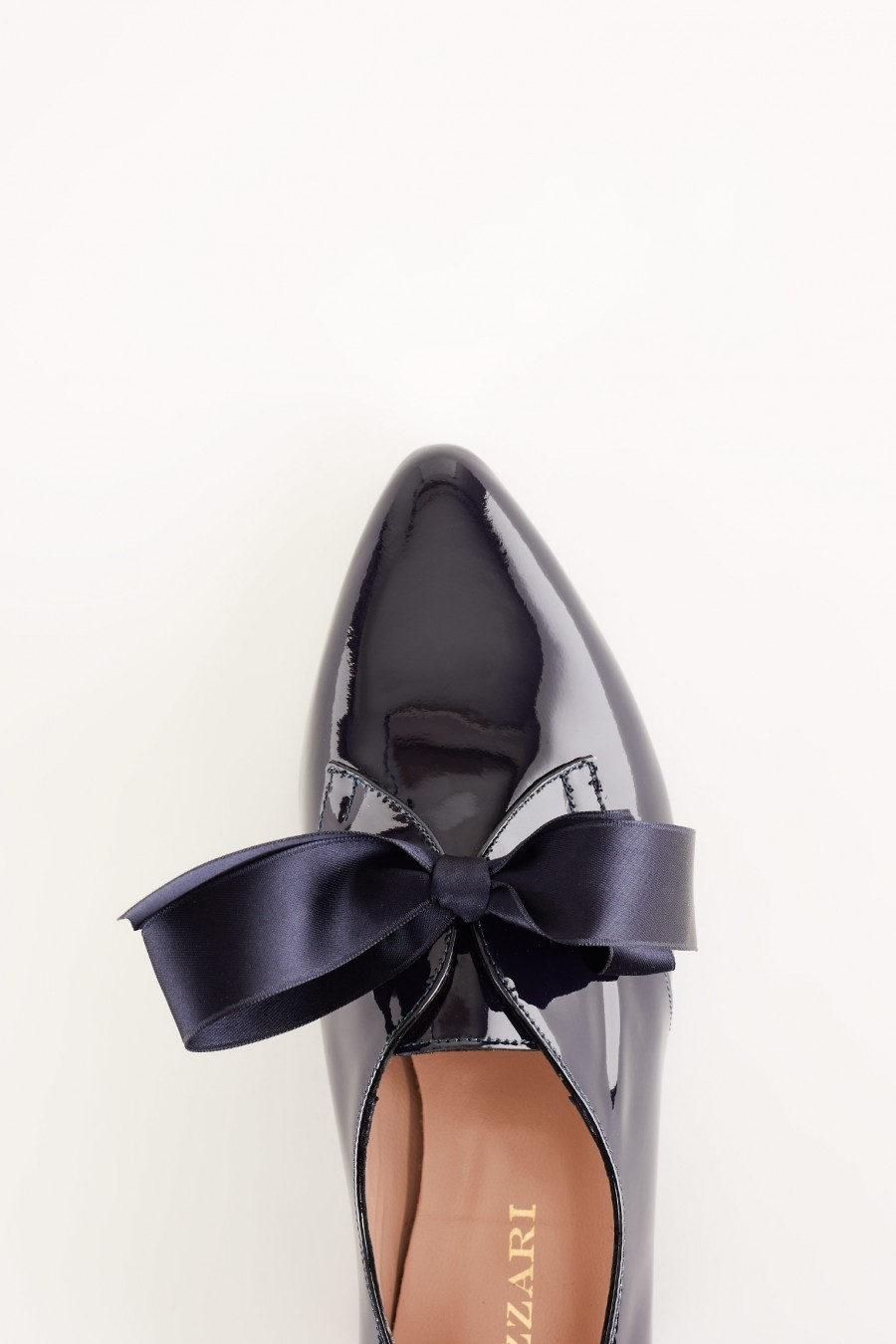 flats with satin bow