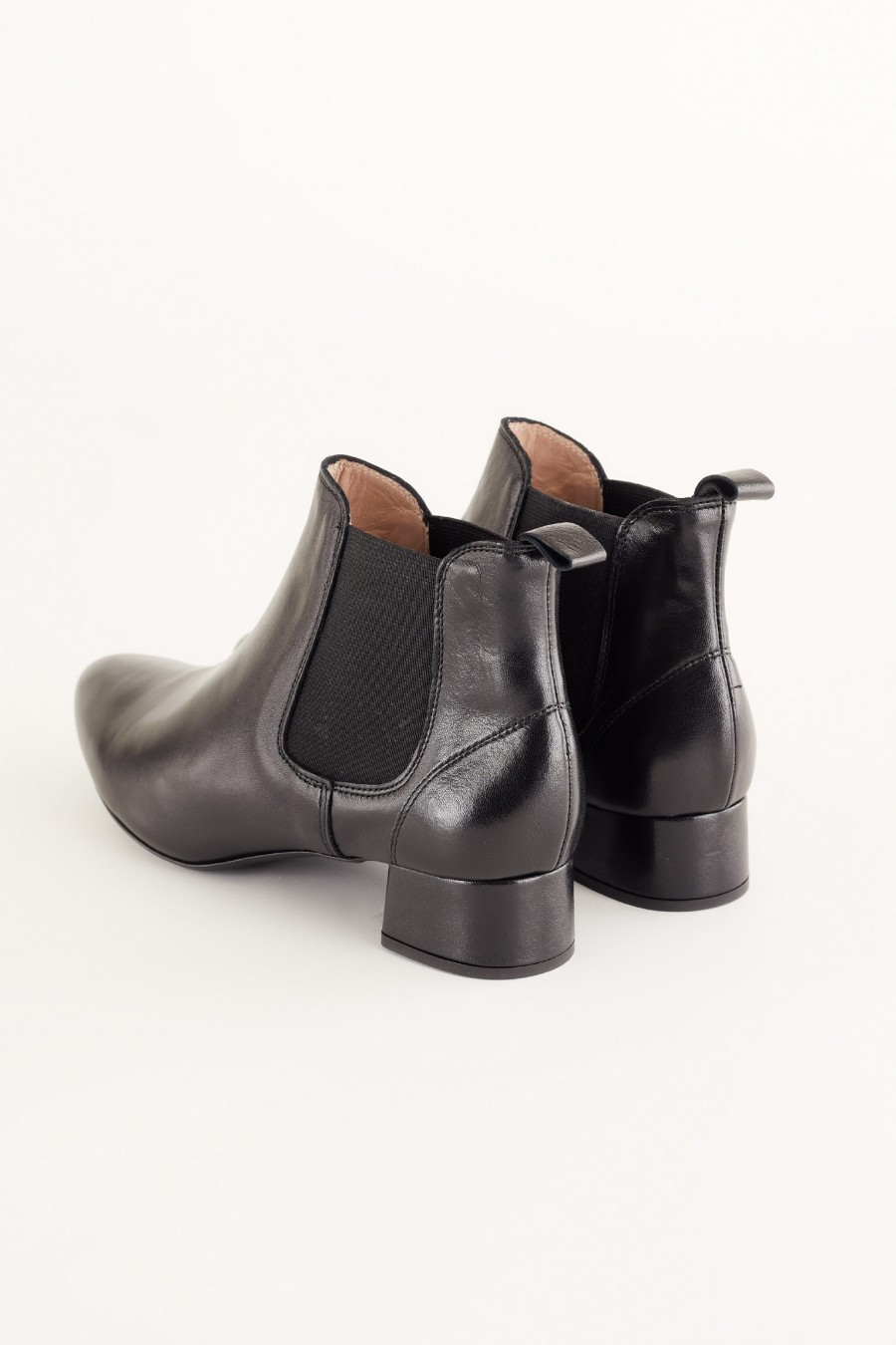easy-to-style and practical ankle boots