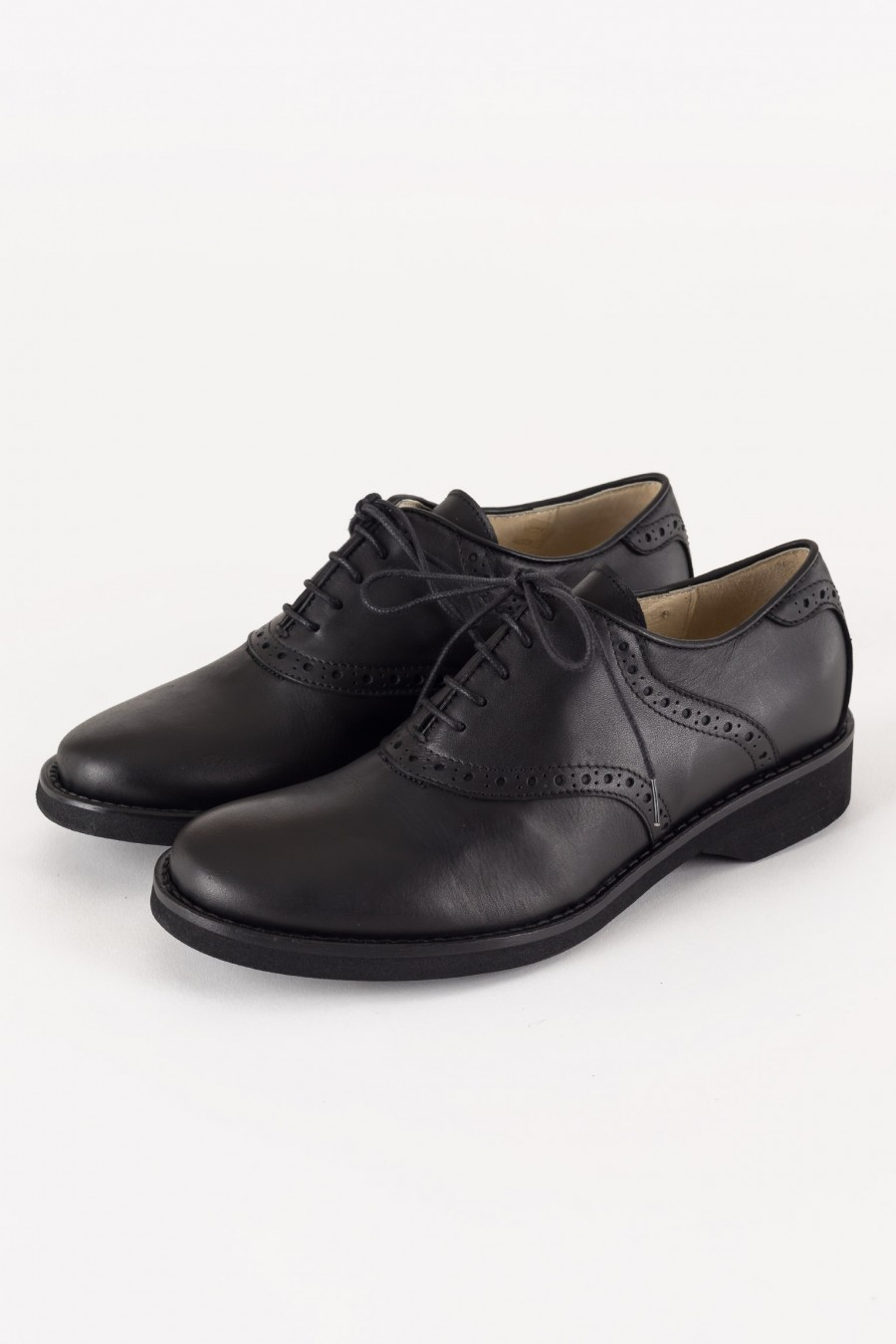 Shoes with rubber sole
