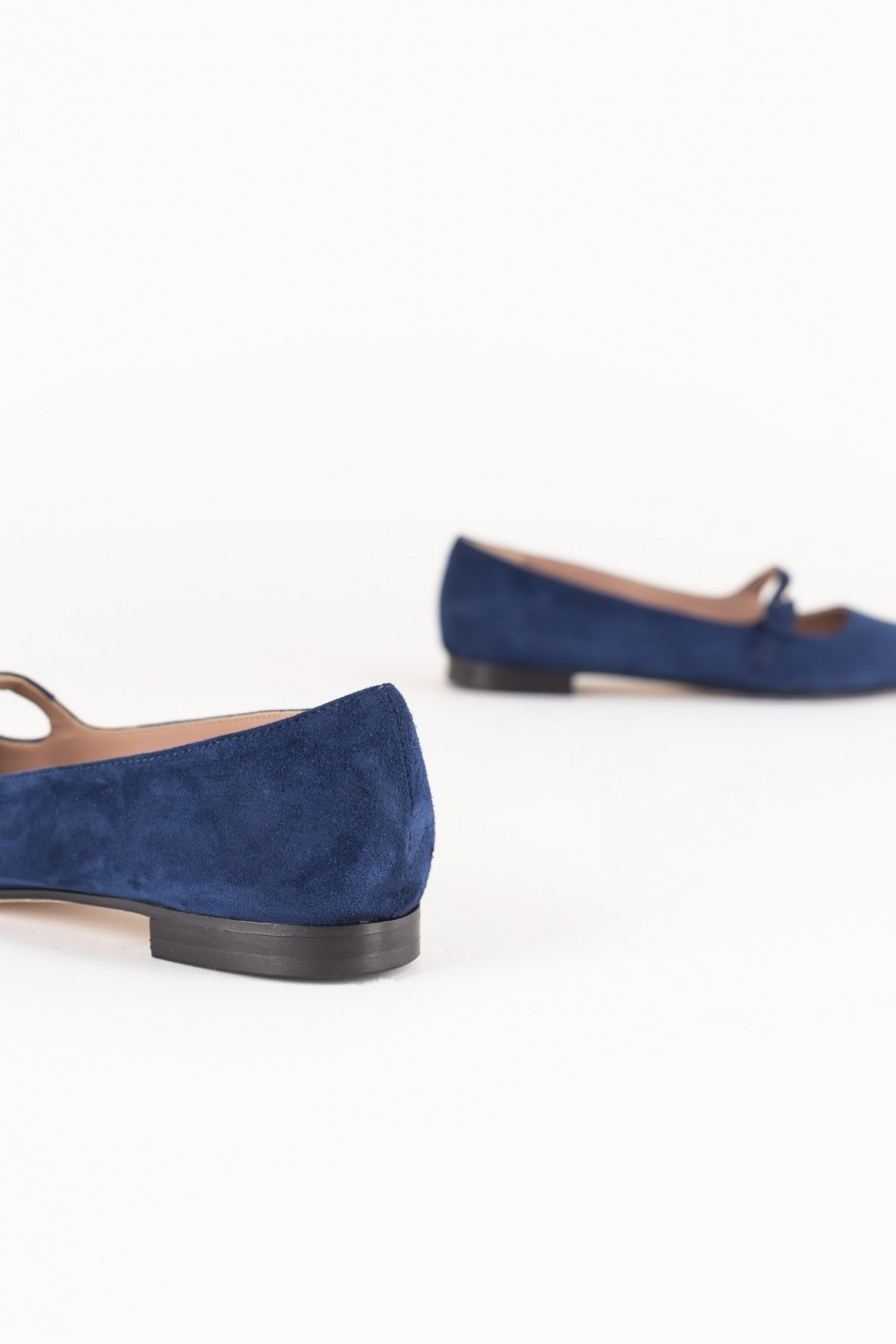 Blue pointy flats with buckle
