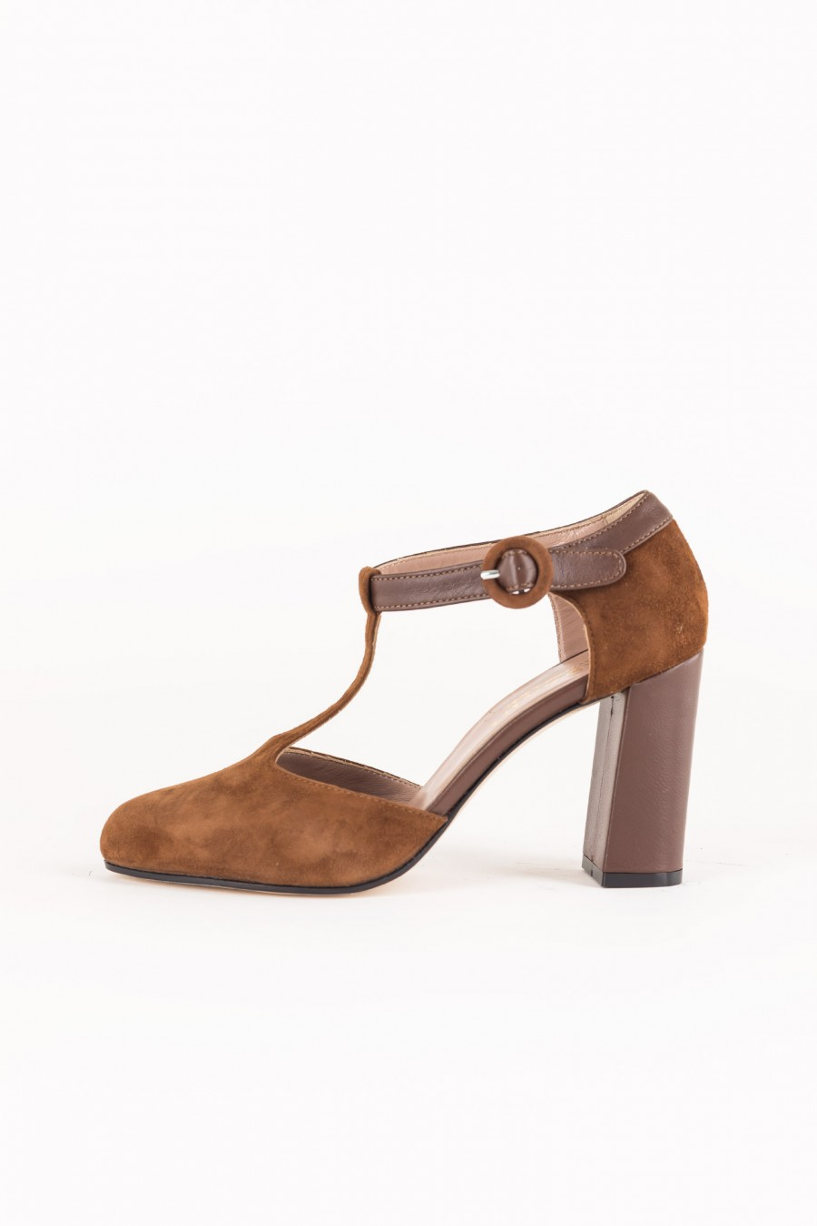 Suede heels with strap