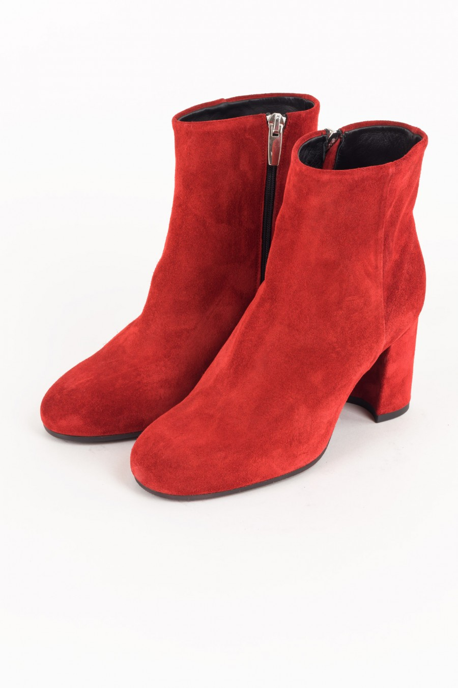 Side zip red boots