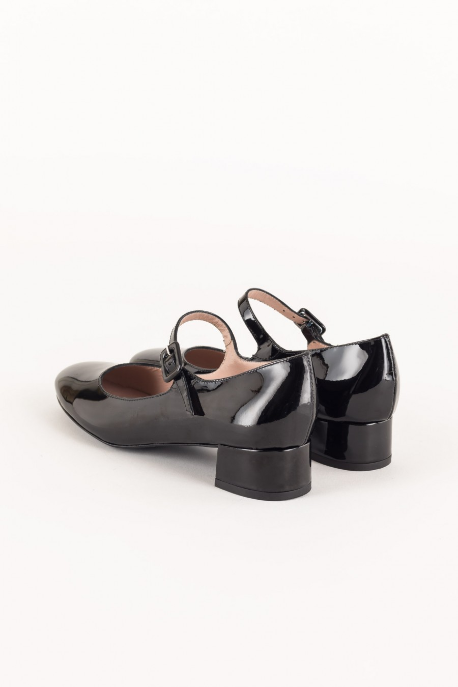 Black patent Mary Jane with buckle