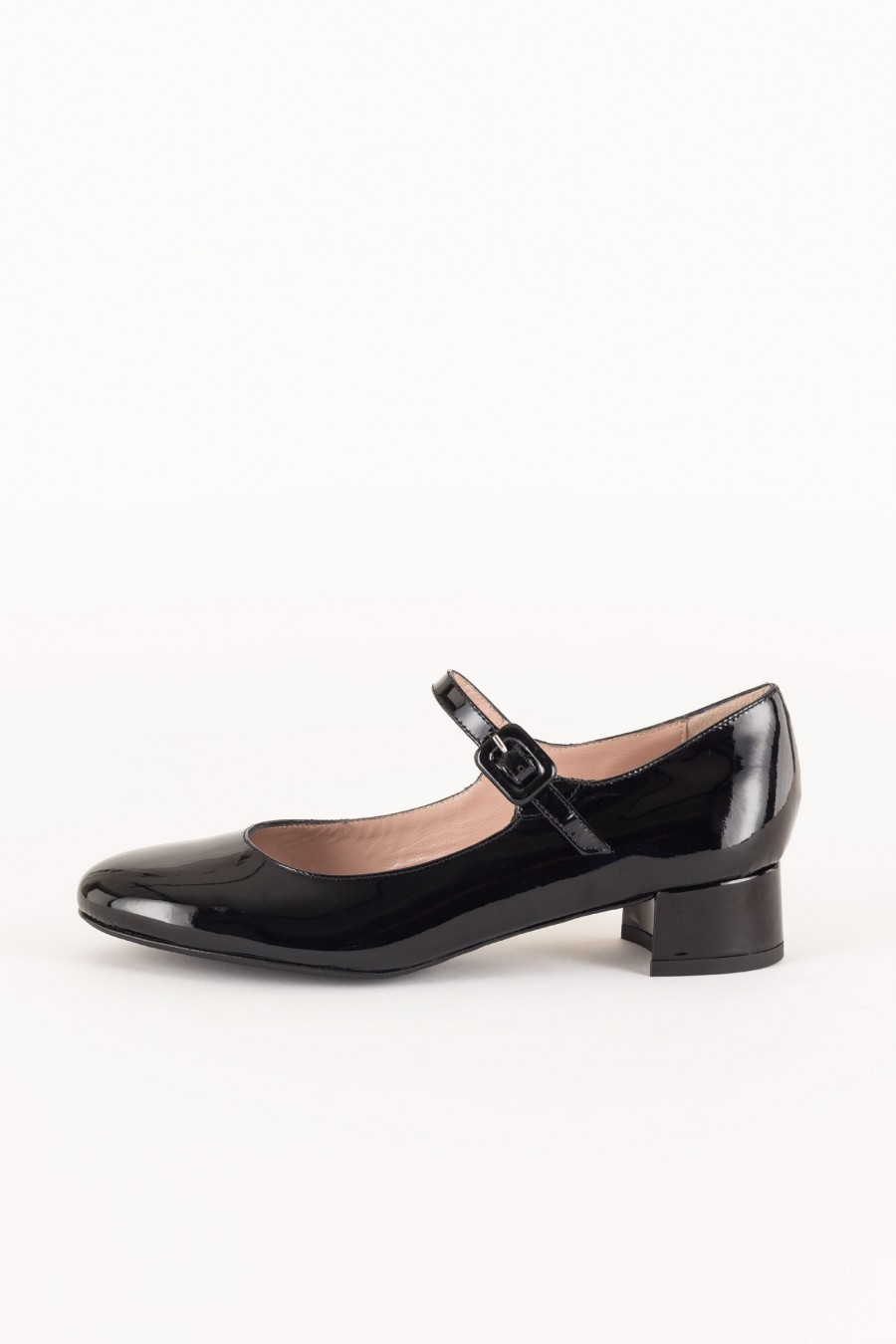 Black patent Mary Jane with covered buckle