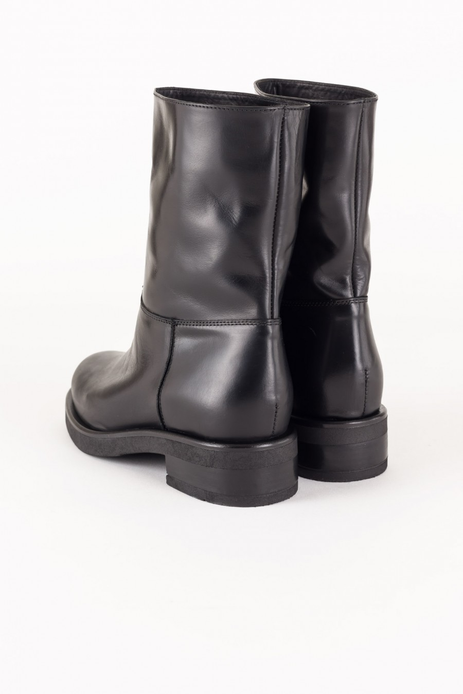 Leather boots biker