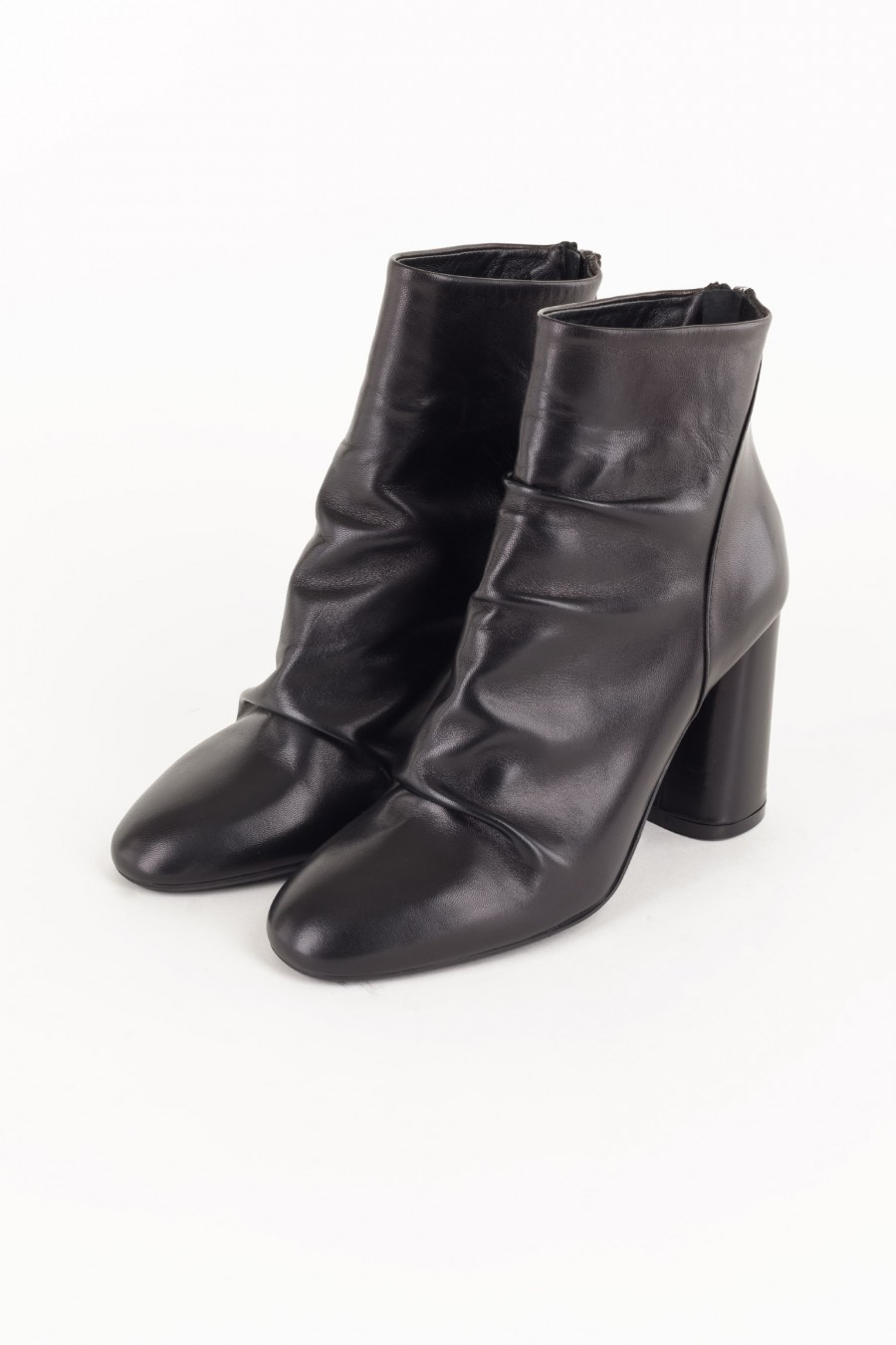 Boots with rounded heels
