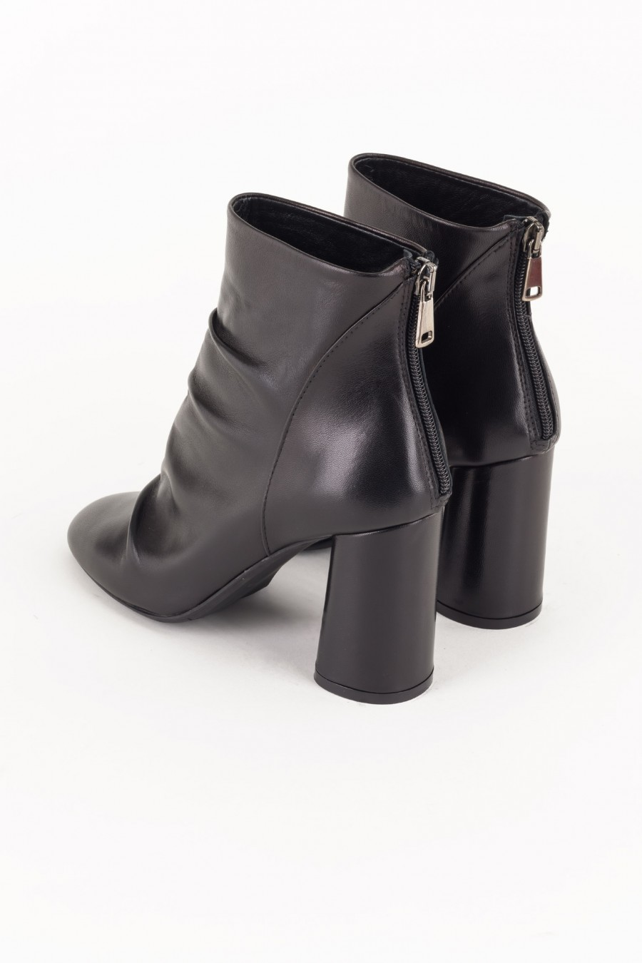 Black boots with rounded heels