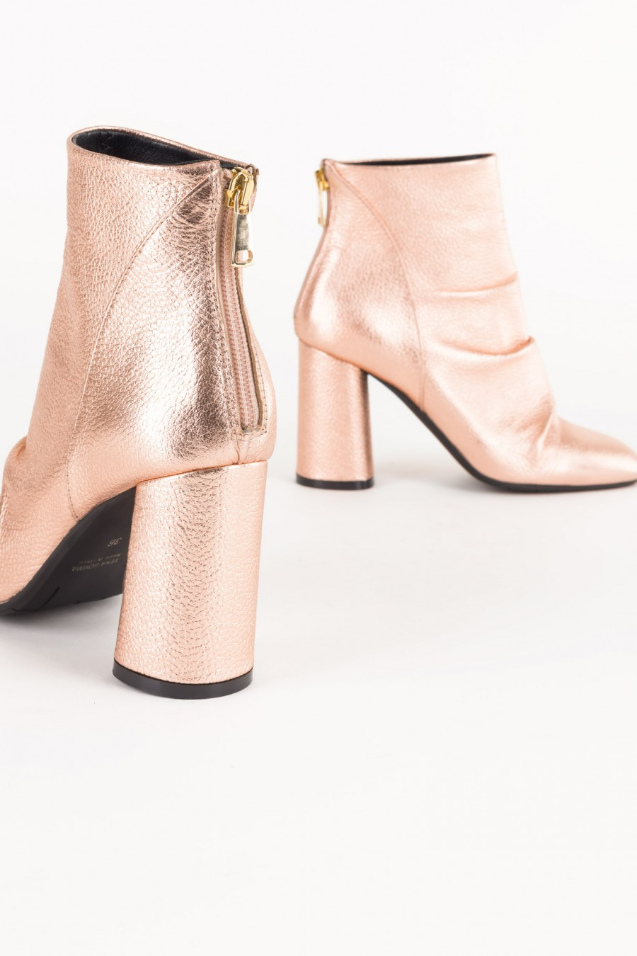 Sparkly rose boots