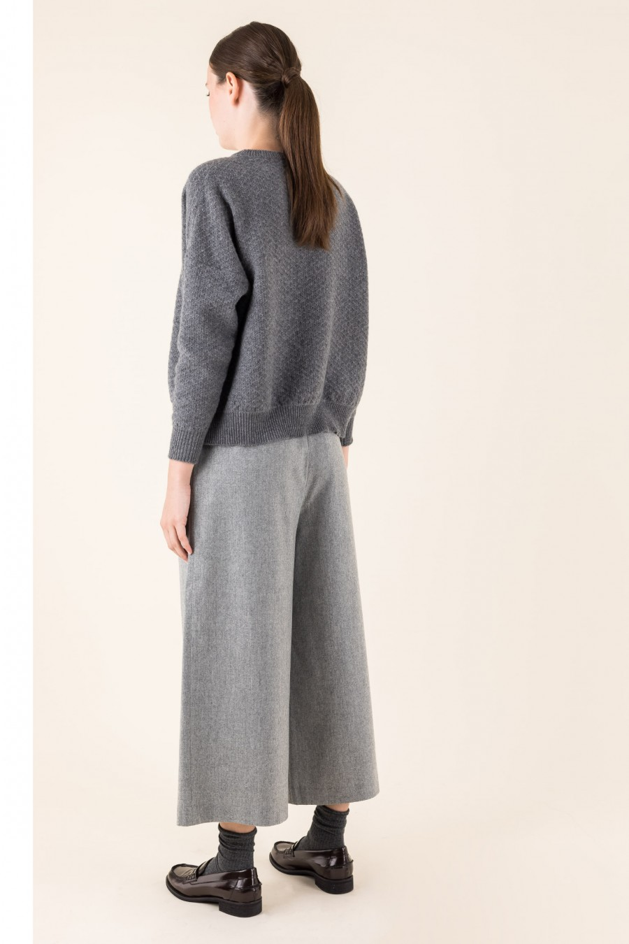Grey over-fitting jumper