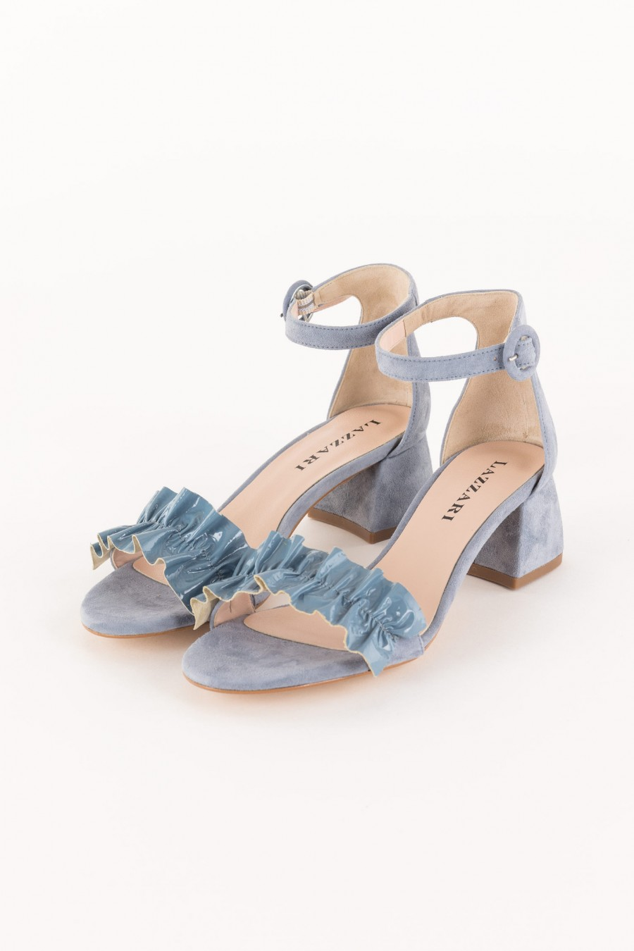 sandal with patent leather ruffle