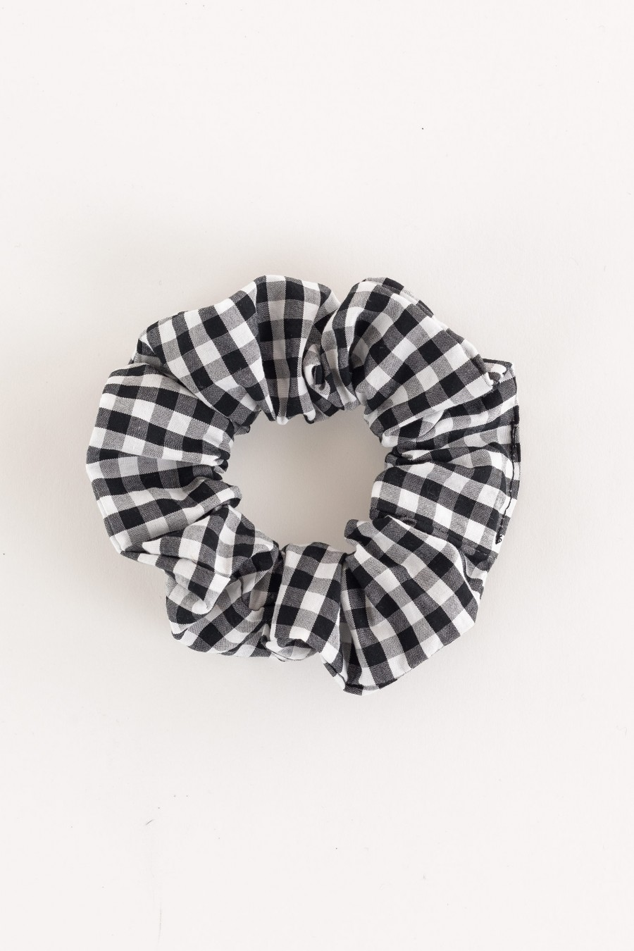 white and black scrunchie