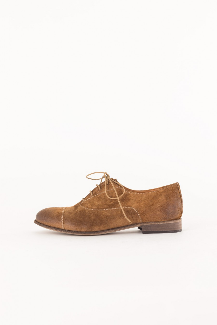 male model suede shoes