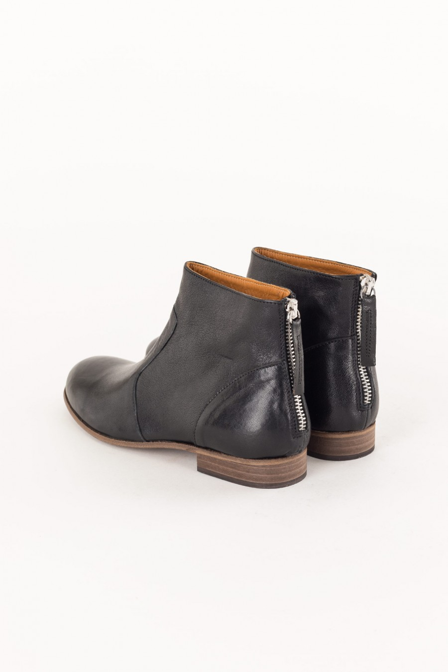 black leather ankle boot without heel