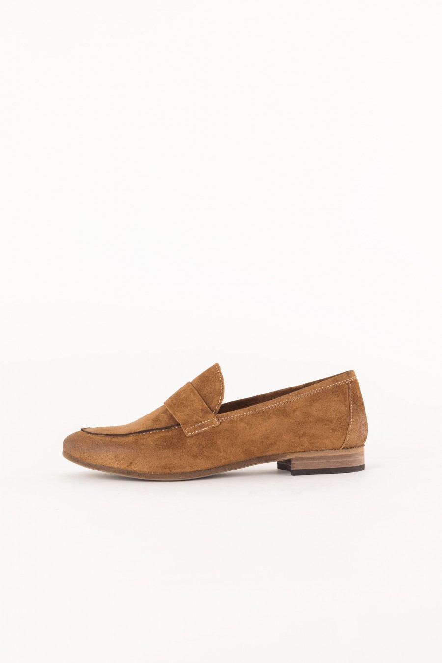 flat brown suede shoe closed