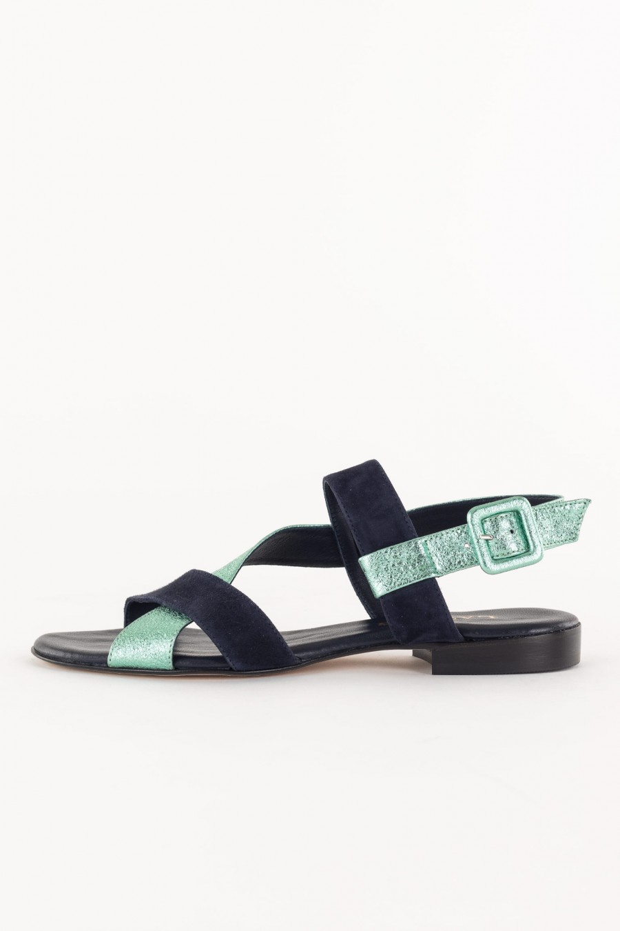 Bi-color sandal
