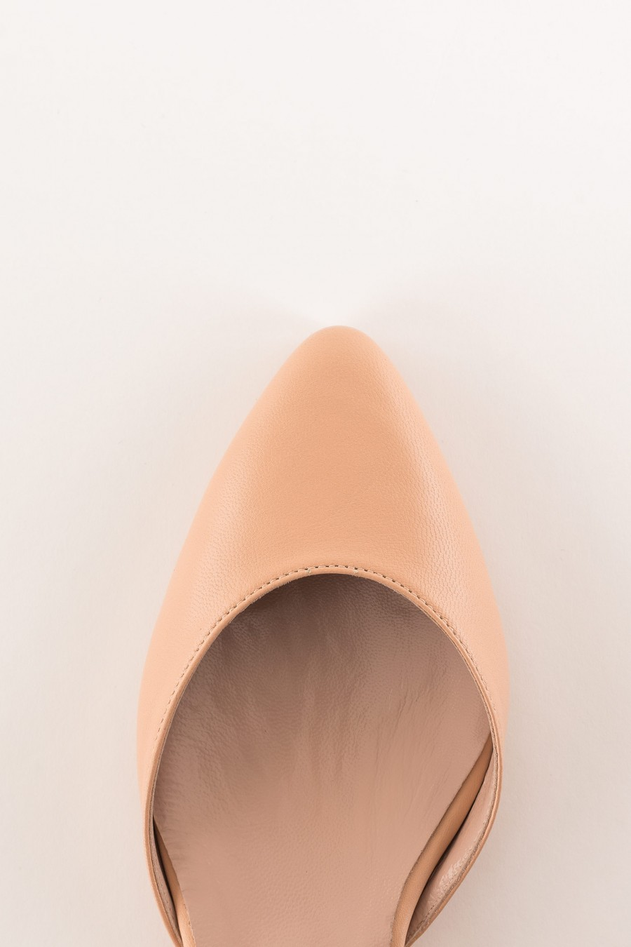 pink pointed ballerina with strap