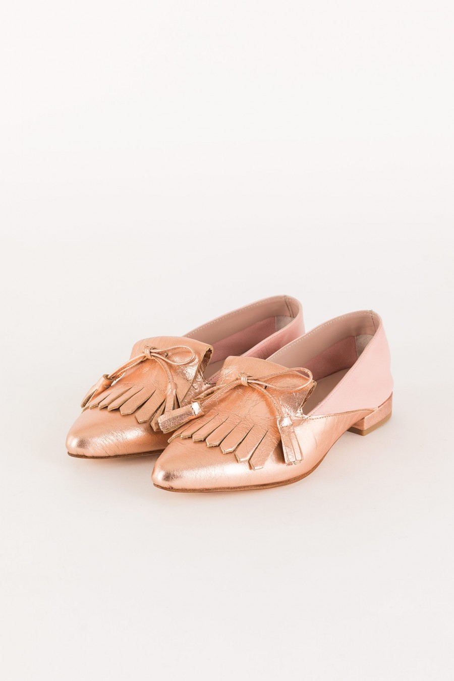 pink pointed loafer
