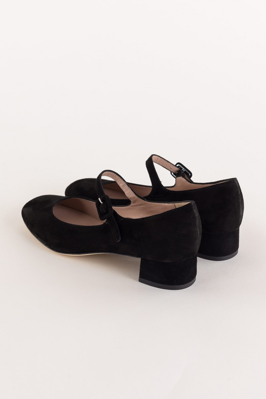 black mary jane with heel and strap