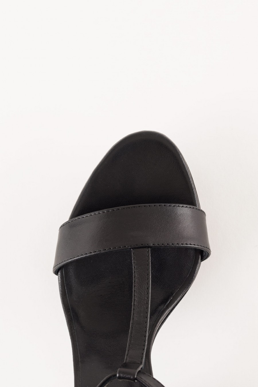 sandal in black leather