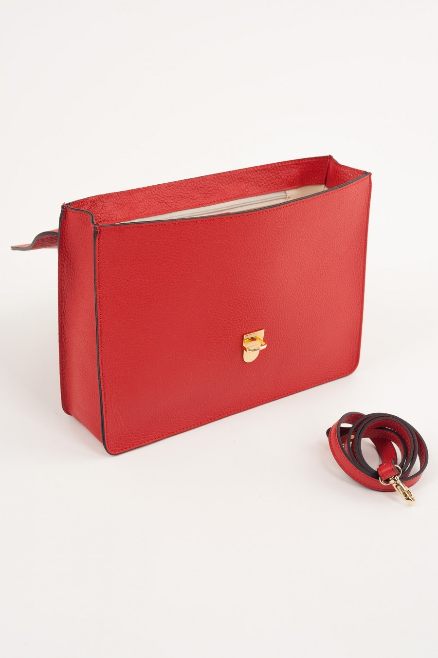 red retrò bag