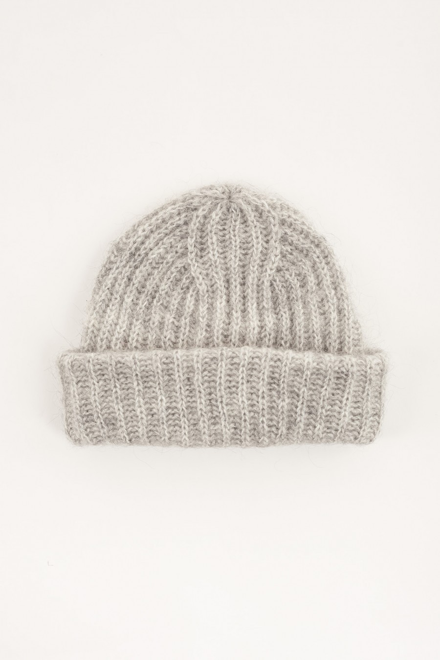 Hat with flap grey