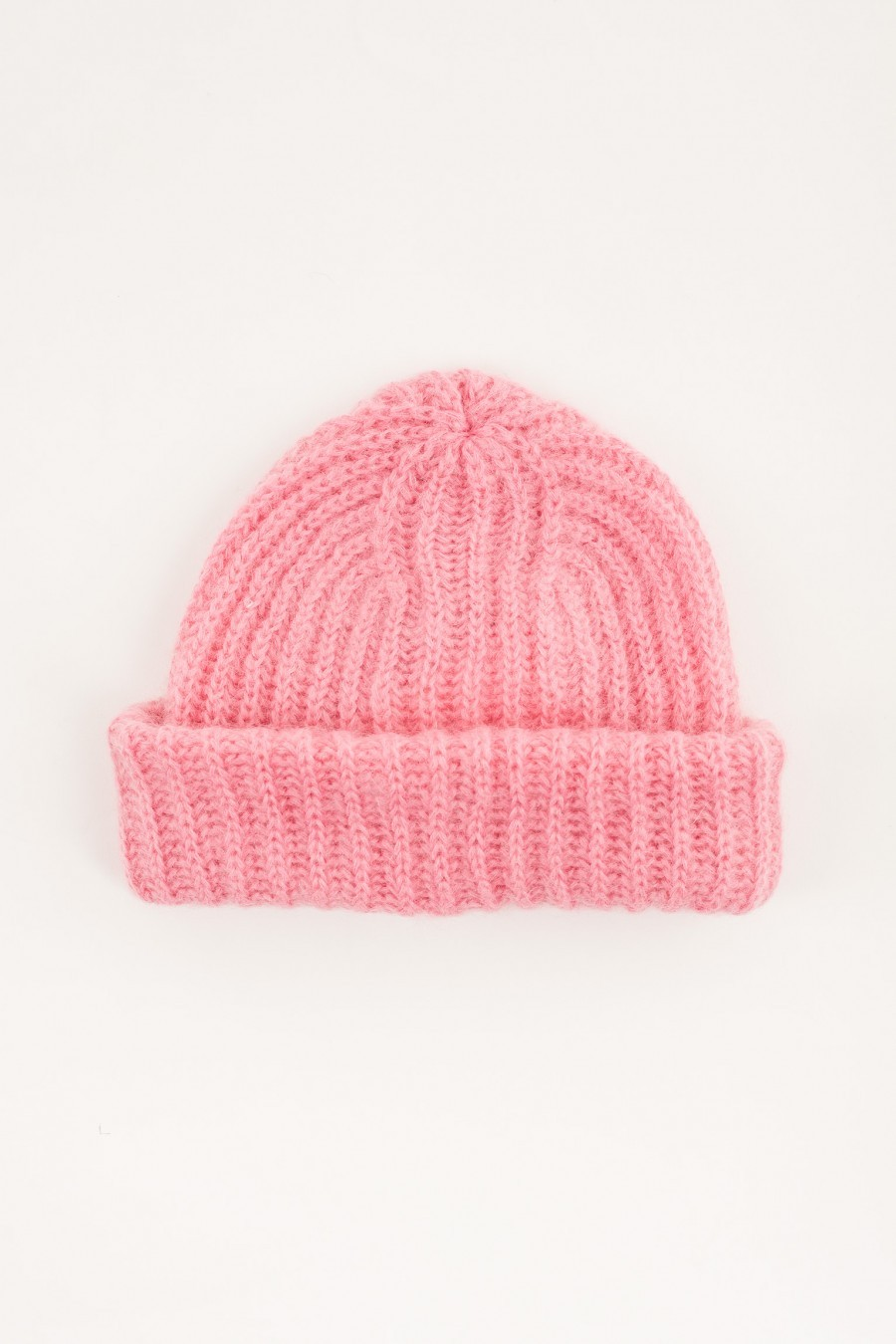 Hat with flap pink