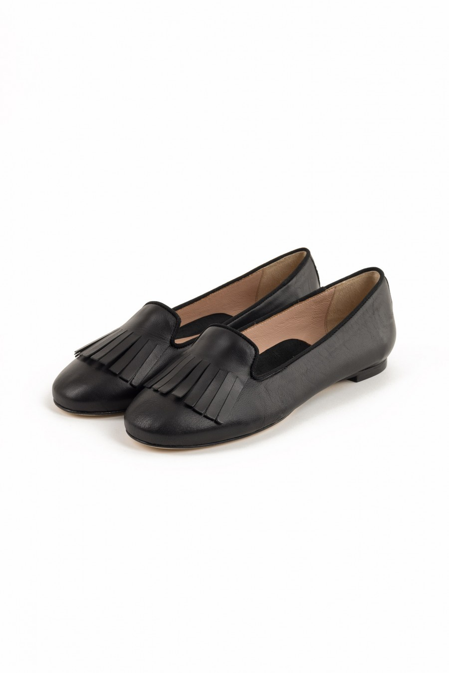 Woman loafers with fringes