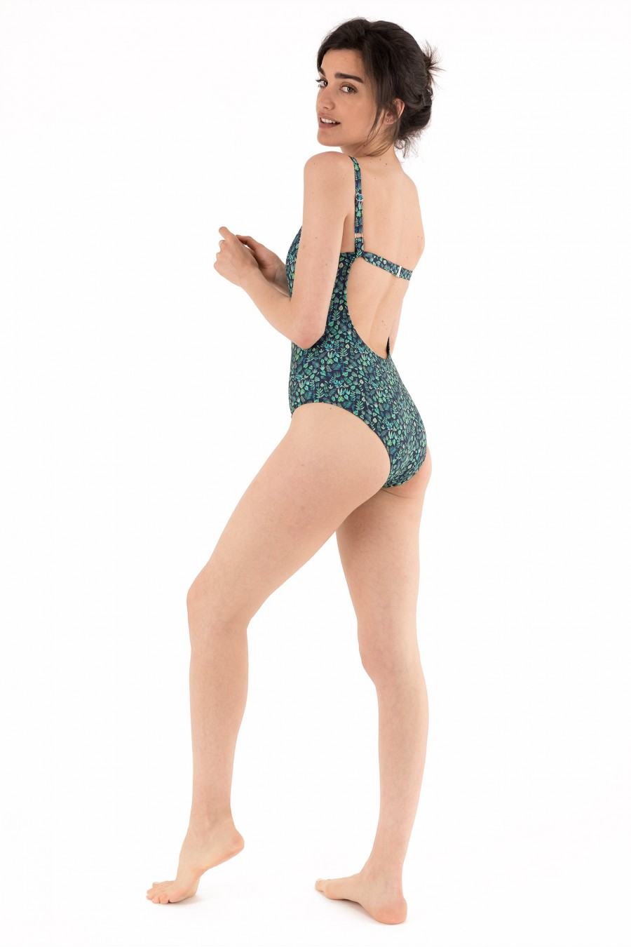 Lined slim fit swimsuit