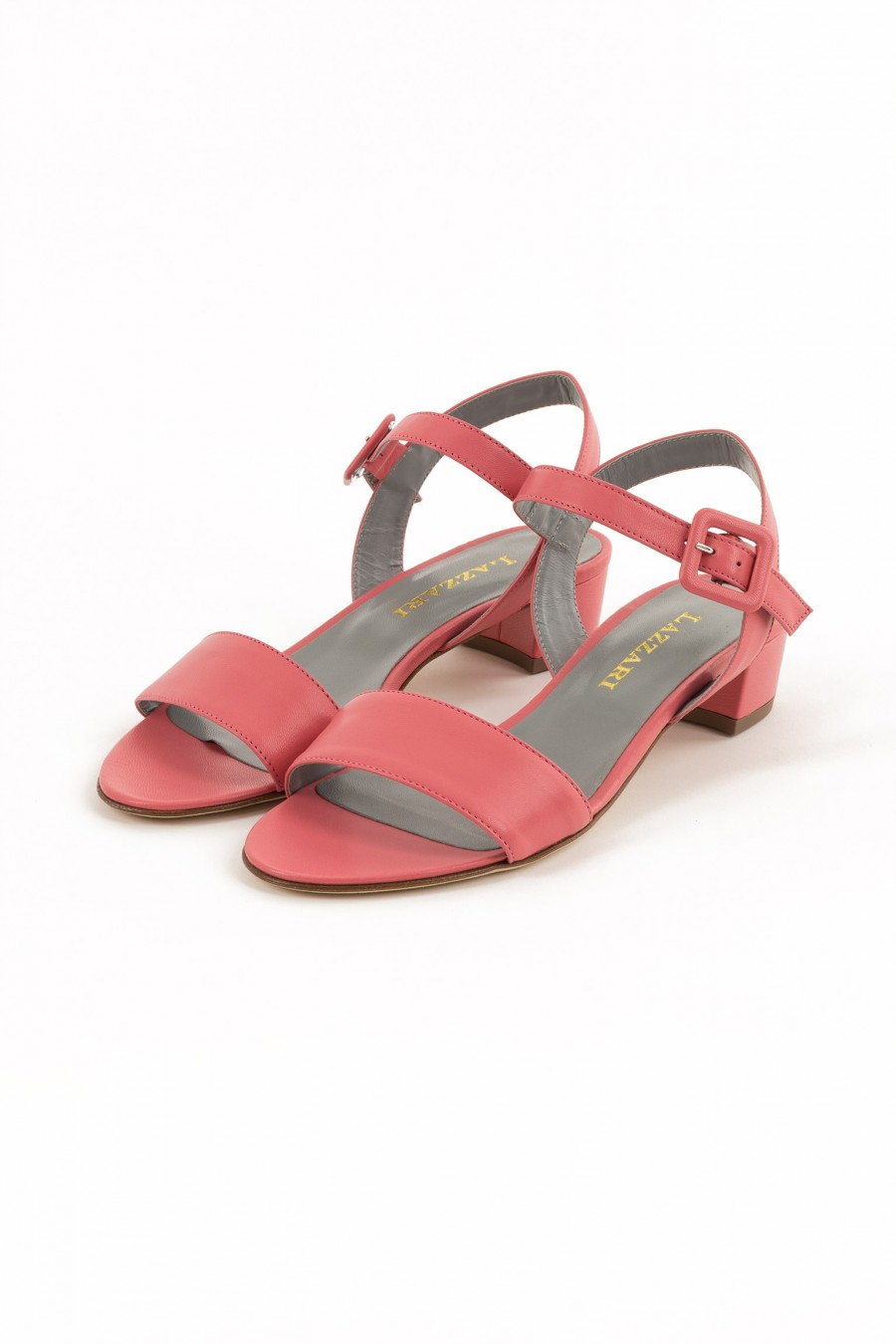 Pink sandal with one list