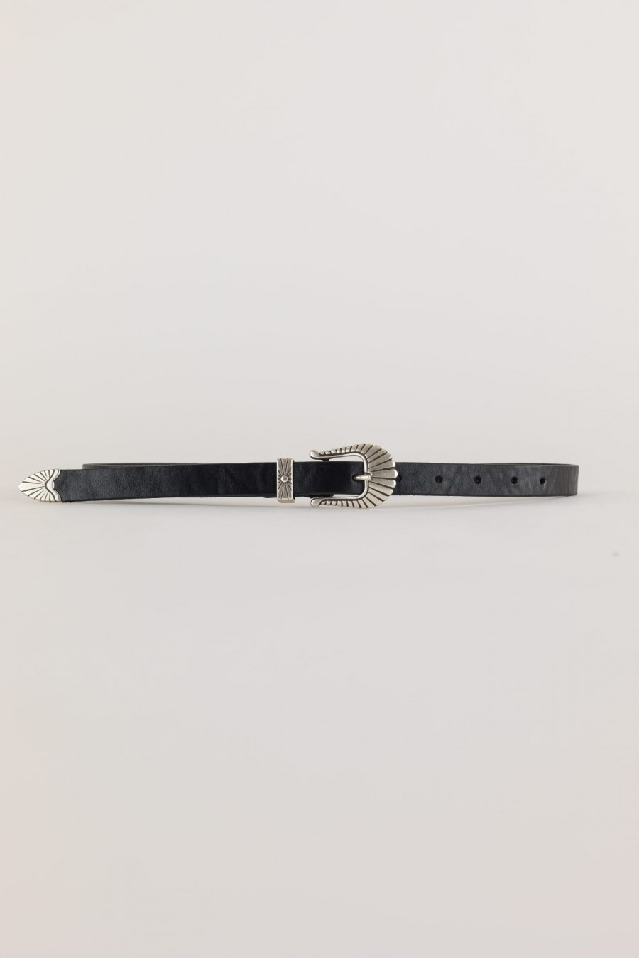 folk style leather belt with steel buckle