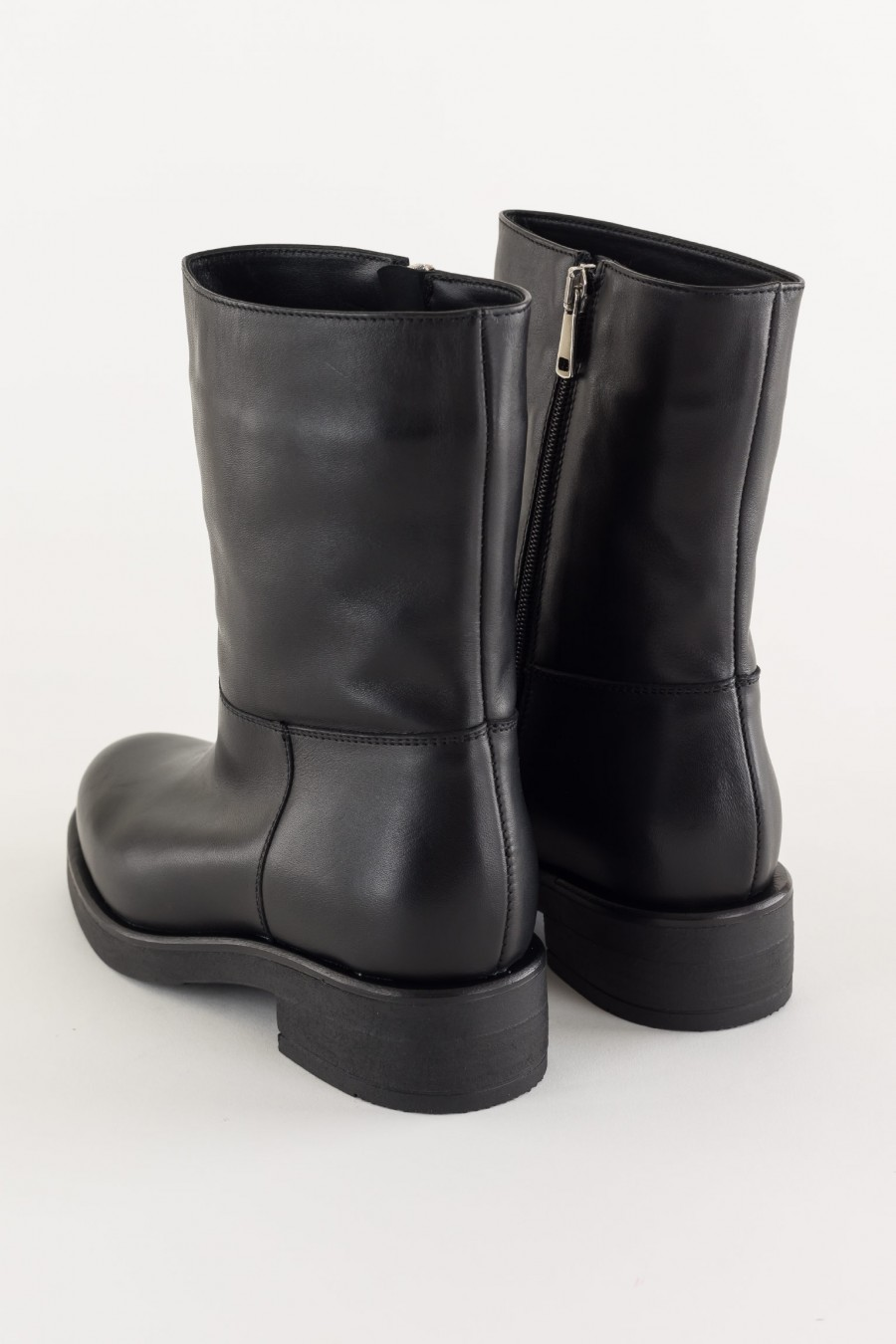 Sided zip biker boots