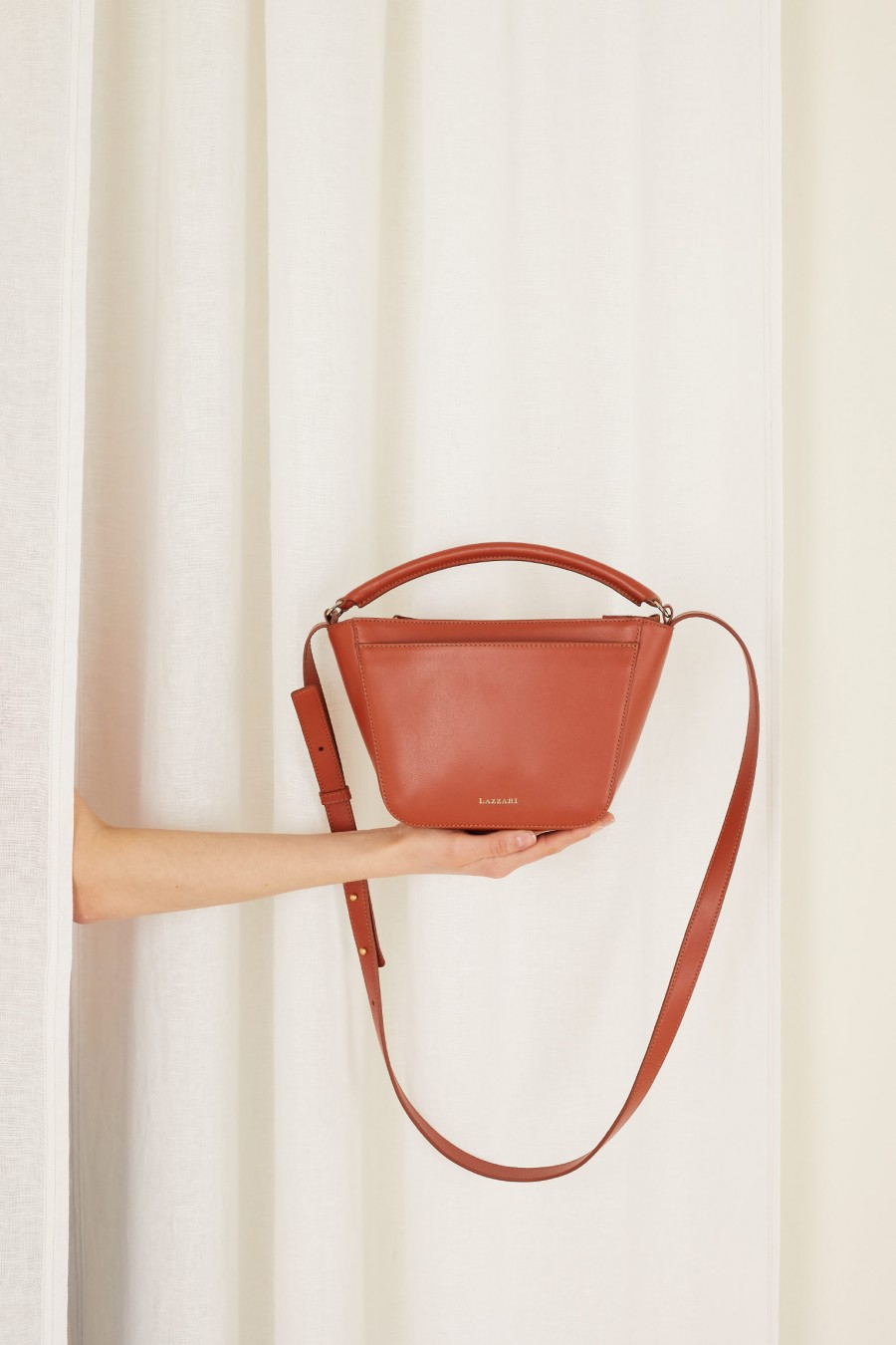 top quality trapeze bag with handle