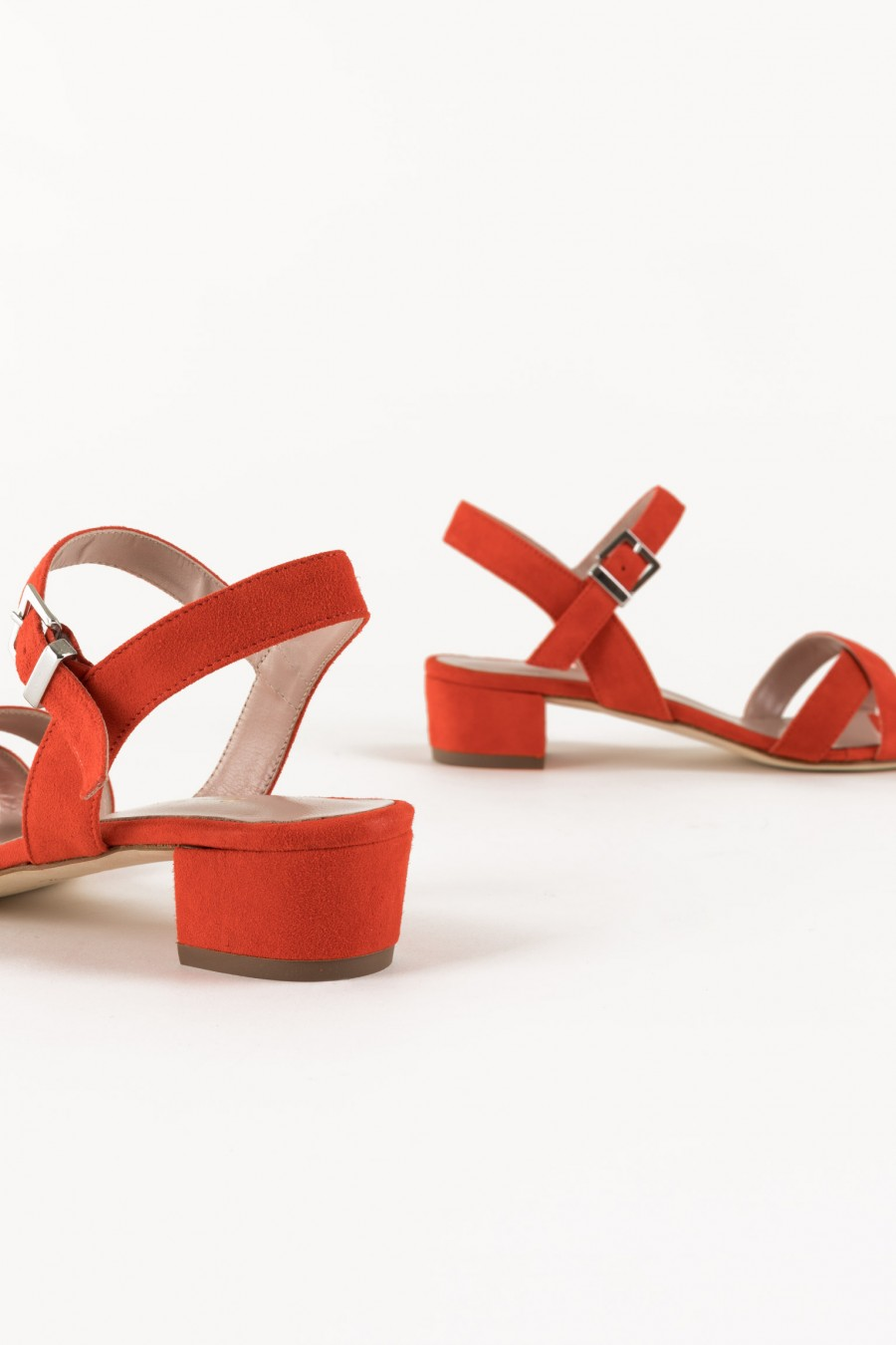 Sandals with low and large heel