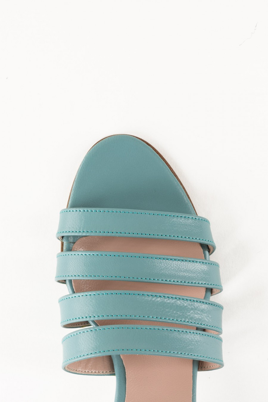 Light blue sandals with lists